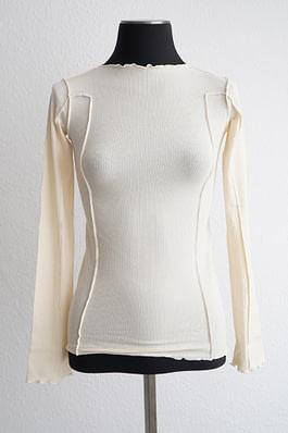 Baserange Omato Long Sleeve -offwhite - chic edition