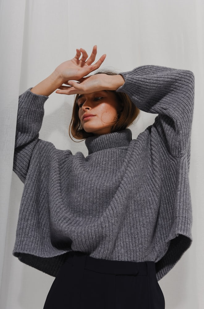 Mr Mittens Cashmere Cropped Jumper   chic edition