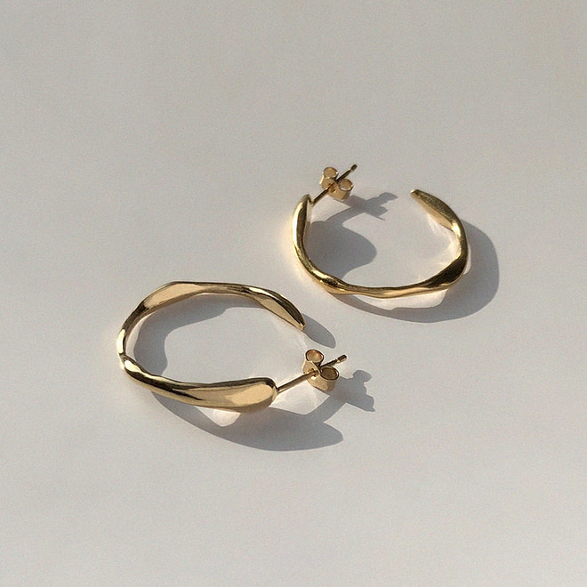 BAR JEWELLERY Ripple Earrings | chic edition
